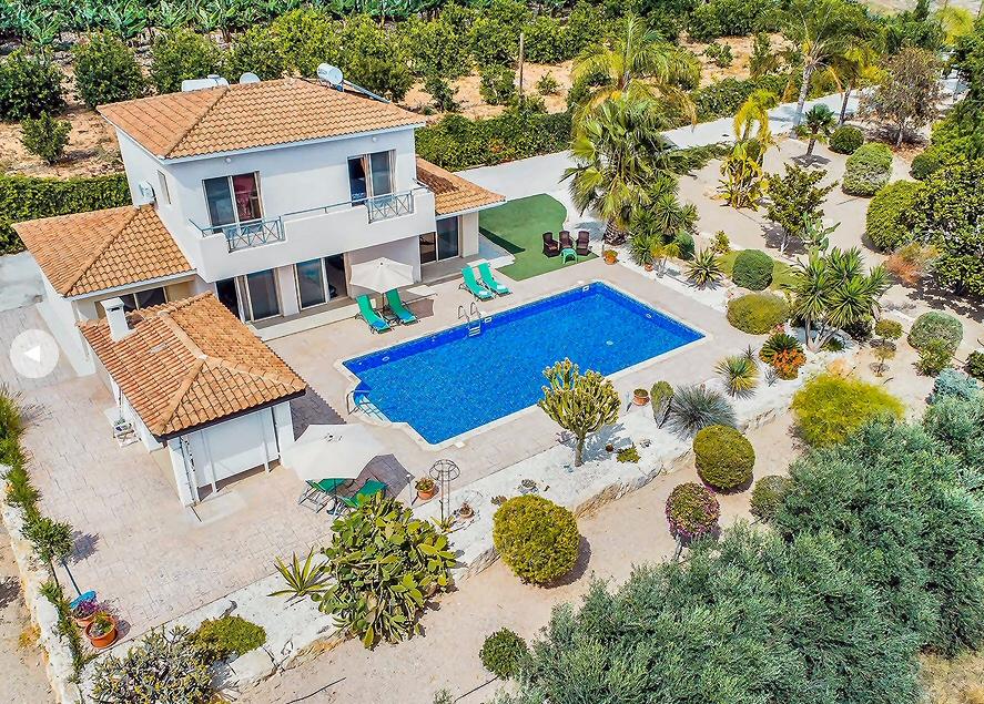 villa seacave gardens