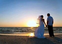 sunsetbeachwedding