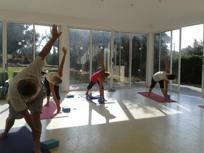 Yoga class in Polis