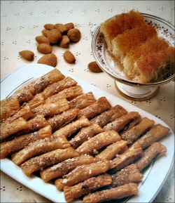 Dhaktyla & Kateyfi Cyprus pastry